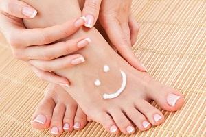 Comment prendre soin de ses pieds ? Astuces pour des pieds flatteurs